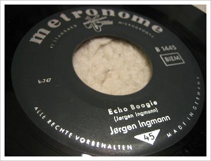 Jorgen_Ingmann-Apache-Echo_Boogie-2